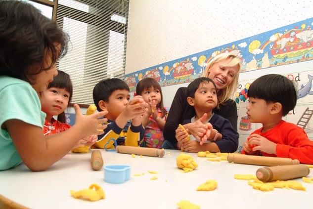 Lorna_Whiston_classroom_activities_1.jpg